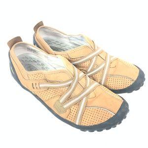 Privo Clarks Joba Nubuck Leather Slip On Walking